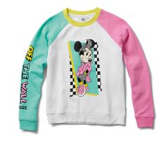 Vans X Disney Hyper Minnie Mouse CrewNeck (White) Outfits With Vans, Vans Outfit, Edgy Outfits, Cute Outfits, Fashion Outfits, Vans Disney, Disney Mickey, Mickey Mouse Vans, Mickey Mouse Outfit