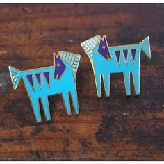 Laurel Burch Temple Horse Earrings Vintage Tribal Turquoise Enamel... ($46) ❤ liked on Polyvore featuring jewelry, earrings, green turquoise earrings, post back earring, enamel earrings, post earrings and vintage jewelry