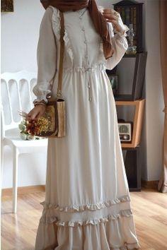 Modern Hijab Fashion, Abaya Fashion, Muslim Fashion, Modest Fashion, Fashion Dresses, Mode Abaya, Mode Hijab, Estilo Abaya, Muslim Dress