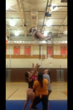 Cheer leading double twist basket