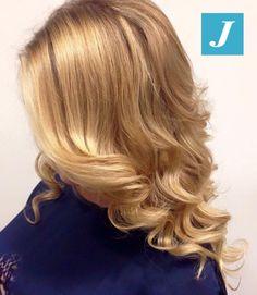 Gold vibes #cdj #degradejoelle #tagliopuntearia #degradé #igers #musthave #hair #hairstyle #haircolour #haircut #longhair #ootd #hairfashion