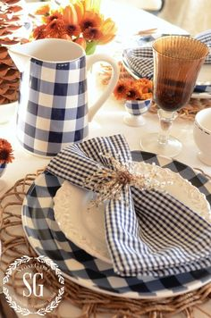 Table setting from @stoneg featuring our At Home with Marieke collection!