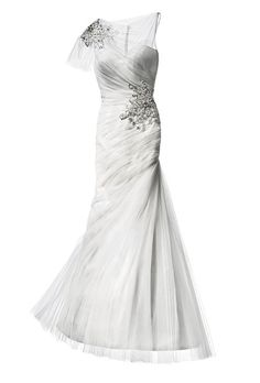 Brides.com: How to Find the Perfect Wedding Dress for Your Body Type. Wedding Dresses for Lean and Straight Body Types: Justin Alexander. Diagonal ruching on the bodice and hips equals a sinuous silhouette.  Trumpet sweetheart dress, style 8651, Justin Alexander  Browse more sweetheart wedding dresses.