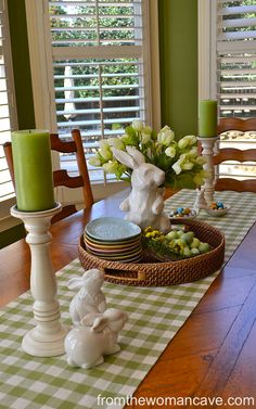 Love the use of green and white - so fresh and clean looking!