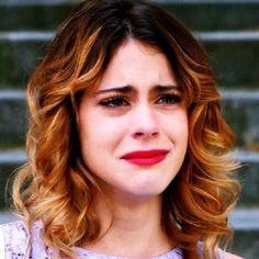Violetta crying in Saison 2 ❤✔