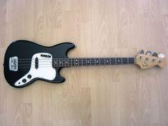 FENDER MUSICMASTER BASS 1975 VINTAGE BLACK OHSC in Nordrhein-Westfalen - Mettmann | Musikinstrumente und Zubehör gebraucht kaufen | eBay Kleinanzeigen