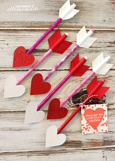 Heart Pencil Arrow Valentines + Printable Gift Tag - by @hihomemadeblog
