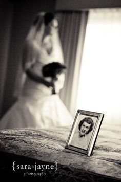 Remembering loved ones in your pictures ♥ love this idea