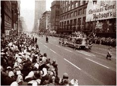Detroit Memories- watching the Hudson's Thanksgiving Day Parade on Woodward Ave.