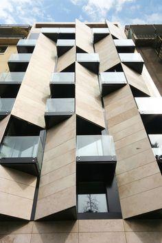 Fasada na Ismael aparthotelu u Santijagu, Cile | Apart hotel Ismael 312 by Estudio Larrain in Santiago, Chile