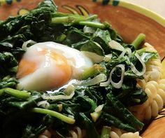 Receta de Espinacas con huevo