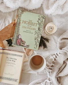 Tolkien kind of day, is my kind of day. ♂️♂️♀️