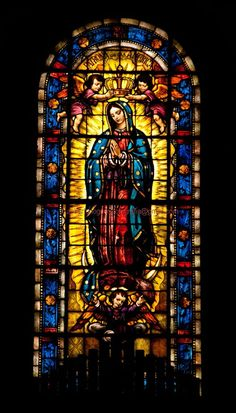 Virgin of Guadalupe stained glass window (location unknown) Stained Glass Church, Stained Glass Art, Stained Glass Windows, Mosaic Glass, Blessed Mother Mary, Blessed Virgin Mary, Catholic Art, Religious Art, Church Windows