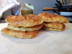 Polarbrød uten mel – food is my religion! Keto, Lchf, Bread Recipes, Baking Recipes, Dairy Free, Gluten Free, Fodmap, Hot Dog Buns, Nom Nom