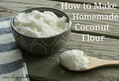 Love coconut flour but don't love the price? Use coconut flakes to make homemade coconut milk and then use the leftover pulp to make homemade coconut flour. Make Coconut Milk, Coconut Milk Recipes, Coconut Oil Uses, Coconut Flour, Recipes With Flour Tortillas, Homemade Flour Tortillas, Tortilla Recipe, How To Make Homemade, Learn To Cook