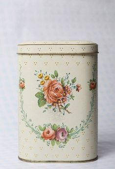 Vintage Shabby Chic Flowered Metal Tea Tin by retailtherapyretro