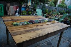 Outdoor table made from pallet wood!