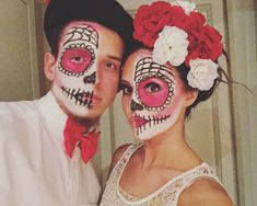 Day of the dead sugar skulls couples costume Yeux Halloween, New Halloween Costumes, Hallowen Costume, Family Costumes, Boy Costumes, Super Hero Costumes, Halloween Skull, Halloween Cosplay, Holidays Halloween