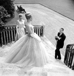 Chic Vintage 1960s Bride – Hardy Amies  Glamorous!!!