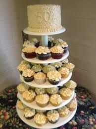 Anniversary Cupcake Tower - cake by Cakebuddies Anniversary Cupcake Tower - Kuchen von Cak Anniversary Party Foods, 50th Wedding Anniversary Decorations, 50th Anniversary Cakes, Anniversary Ideas, Golden Anniversary, Anniversary Surprise, Parents Anniversary, Happy Anniversary, 50th Party