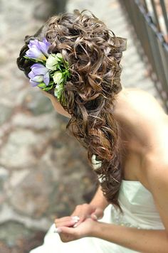 bride hairstyle by STUDIO EXCLUSIVE
