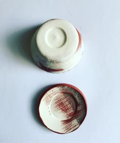 Black and white glazing #processocreativo #ceramicglaze #glazing #lovetheprocess #patterndesign and ceramics are coming together just perfect