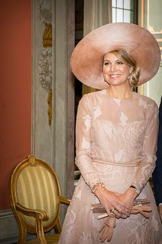 http://worldroyalfamily.blogspot.hu/2017/06/king-and-queen-of-netherlands-visit.html