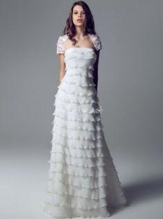 Vestido Blumarine 2014 - http://www.bodas.net/articulos/vestidos-de-novia-blumarine-2014--c2203