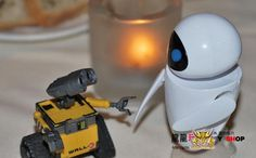 Free Shipping Wall-E Robot Wall E & EVE PVC Action Figure Collection Model Toys Dolls 6cm 2pcs/lot