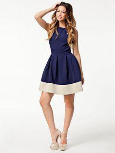 Block Color Base Dress - Closet - Navy/Cream   Nelly.com