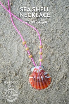Necklaces Diy Make your own seashell necklace. - If you're planning a day at the beach anytime soon don't forget to bring home a pocket full of shells for making pretty seashell necklace diy jewelry. Seashell Jewelry, Seashell Necklace, Shell Necklaces, Diy Necklace, Seashell Art, Diamond Necklaces, Beach Jewelry, Handmade Necklaces, Beaded Bracelets