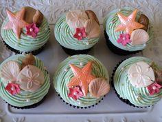 Beach themed cupcakes - perfect for a moana party Luau Party Cupcakes, Beach Theme Cupcakes, Sea Cupcakes, Bridal Shower Cupcakes, Themed Cupcakes, Hawaiian Cupcakes, Moana Birthday Party, Moana Party, Luau Birthday