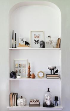 How to Make a Spooky Shelfie Using Items From Target's Halloween Boutique Modern Decoration modern halloween decor Spooky Halloween, Modern Halloween Decor, Spooky Decor, Halloween Items, Target Halloween Decor, Halloween Decorations Apartment, Classy Halloween Decorations, Living Room Halloween Decor, Terrifying Halloween