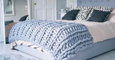 Esta preciosa manta XL la puedes hacer en tan sólo 4 horas