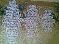 Mahi Karpinar shared a video Lace Doilies, Crochet Doilies, Crochet Flowers, Tatting Patterns, Lace Patterns, Crochet Patterns, Crochet Table Runner, Crochet Tablecloth, Crochet Baby Shoes