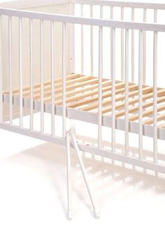jonka - Kinderbett Sina Kiefer 60 x 120 cm - Weiß - Babyartikel.de - 79€