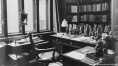 Before moving to London: Freud's office in Vienna