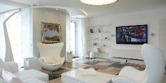 Двухэтажная квартира-студия в традициях модернизма: дизайнер Олег Демкин