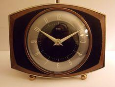 Vintage Retro Original 1950's METAMEC French Mantle Wind-Up Clock. Working order #Metamec