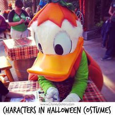 Our 10 Family Favorites during Halloween Time at the Disneyland Resort: Seeing Characters in #Halloween Costumes! #HalloweenTime #Disneyland