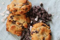 Chewy Paleo Chocolate Chip Cookies http://paleotable.com/2014/02/chewy-paleo-chocolate-chip-cookies/