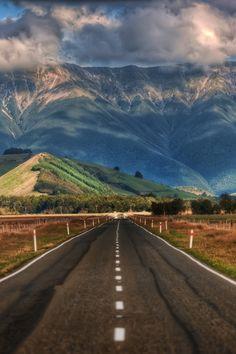 El largo camino en Nueva Zelanda! Visitando Nueva Zelanda está en mi lista de cubo