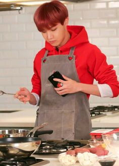 Get yourself a man who can cook <3