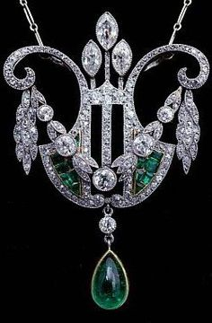 Platinum diamonds emerald necklace c. 1880