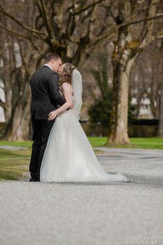 Groom Portrait, Bräutigam, Wedding Photography, Wedding Photographer, Hochzeitsfotografie, Hochzeitsfotograf Wedding Couples, Groom, Portraits, Wedding Dresses, Fashion, Wedding Photography, Newlyweds, Gown Wedding, Bride Dresses