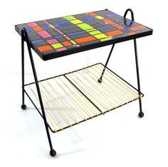 Fifties vintage artist's tiled coffee table Design Furniture, Table Furniture, Home Furniture, Outdoor Furniture, Outdoor Decor, Table Vintage, Vintage Chairs, Vintage Furniture, Eames