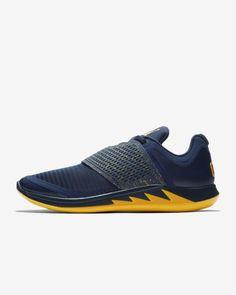 newest collection bbaef a6ff3 Jordan Grind 2 Michigan Men s Running Shoe