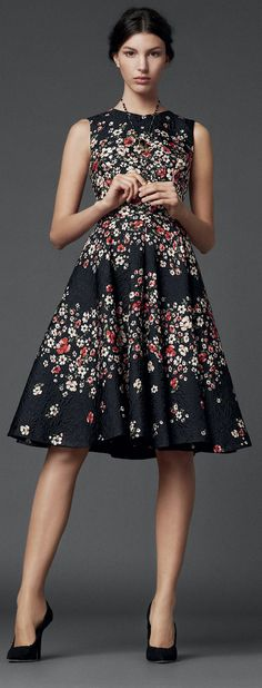 Dolce & Gabbana FW 2014. Wear with black tights and blazer for winter wardrobe or wedges for springtime. #workwear