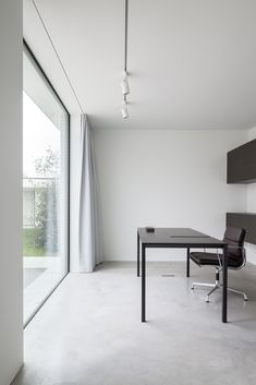 Villa CD minimal workspace with a stunning view
