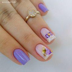 23 Fotos de Unhas com flores que estão na moda Fancy Nails, Pretty Nails, My Nails, Ongles Forts, Nail Games, Pedicure, Nail Colors, Nail Designs, Hair Beauty
